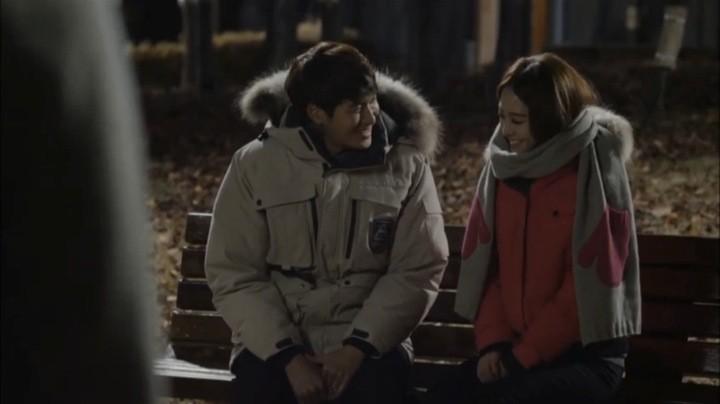 Sara seduces Kang Joon