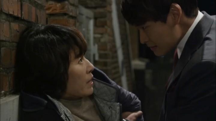 Kang Joon threatens Geum Ran's mom