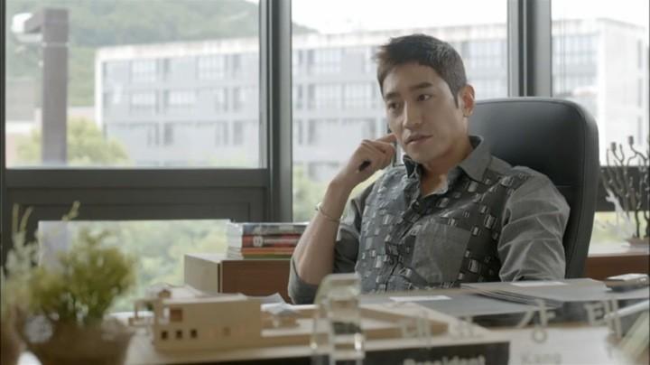 Tae Ha being interviewed