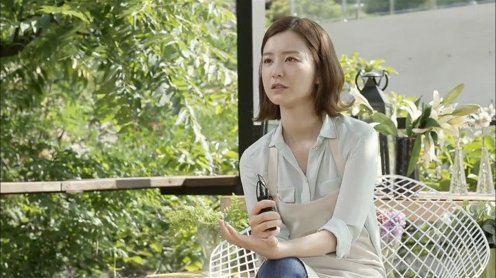 Yeo Reum being interviewed