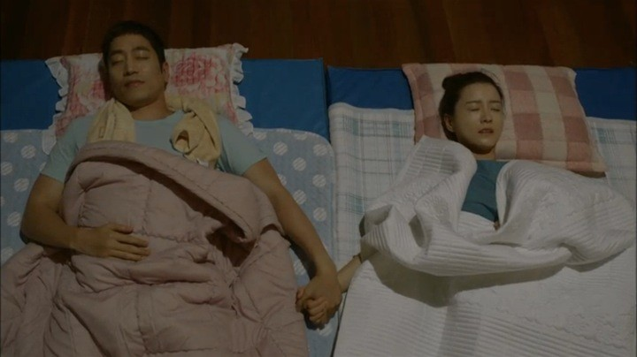 Yeo Reum and Tae Ha spend the night together