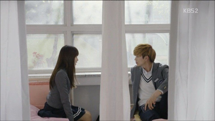 Eun Bi and Tae Kwang exchange secrets